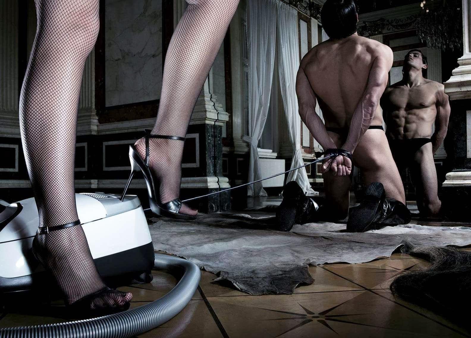 Раб и рабыня в сексе 9 фотография