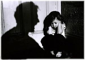 1384761992 rebenok 300x212 В защиту детей